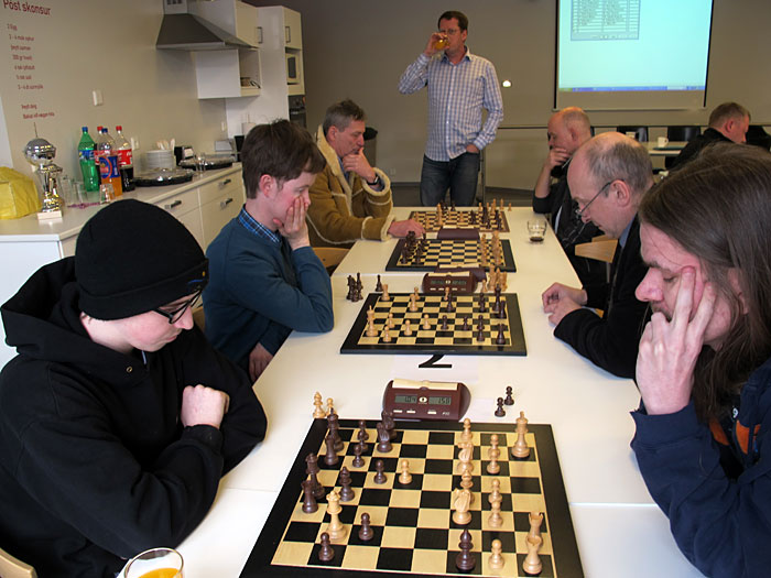 Reykjavík. Today a small chess tournament with colleagues (Pósturinn)! - Guðmundur Karl won his game of round obviously. (17 March 2012)