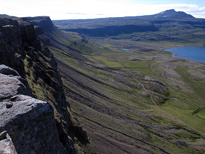 Djúpavík. Hiking, but only a short hike: up to the waterfall. - ... (6 August 2012)