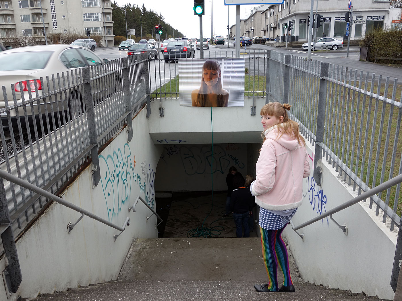 Reykjav&iacute;k. 'Avant-gar&eth;ur 3' under a street. - The entrance to the underpass for pedestrians - or to the exhibition '<a href='https://www.facebook.com/events/142453915939739/' target='_blank' class='linksnormal'>Avant-gar&eth;ur 3</a>' by  Solveig Thoroddsen and Margr&eacute;t Sesseljud&oacute;ttir (right). It was standing for (just) 2 hours - from 4 pm until 6 pm under Miklabraut street. Gar&eth;ur = garden. (11 May 2013)