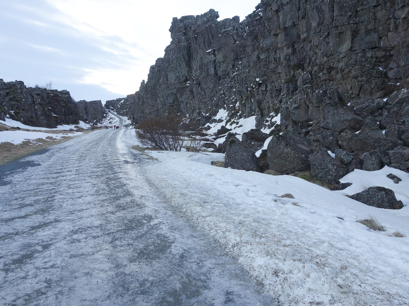 Þingvellir. Short trip. - Þingvellir, the small cannion. II. (5 January 2014)